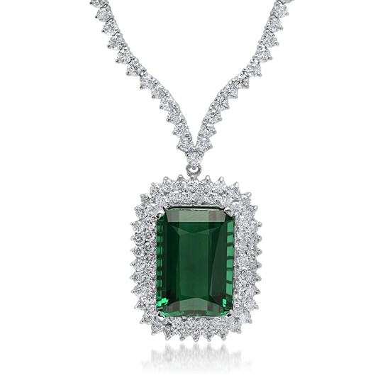 18K White Gold, 21.00cts Tourmaline, 8.40cts Diamond Necklace
