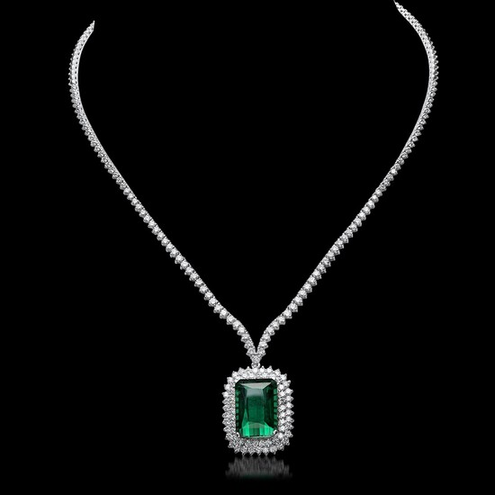 18K White Gold, 21.50cts Tourmaline, 8.05cts Diamond Necklace