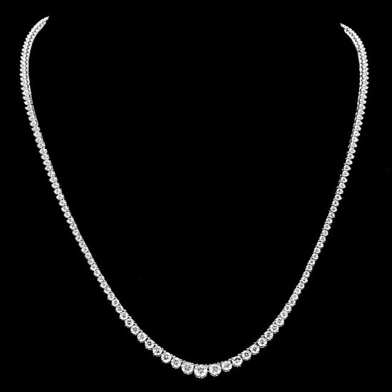 18k White Gold 7.00ct Diamond Necklace
