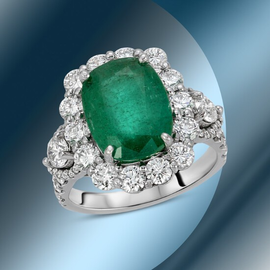 14K Gold 5.50cts Emerald & 2.68cts Diamond Ring