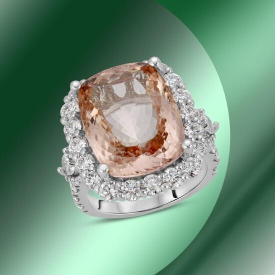 14K Gold 14.77cts Morganite & 3.78cts Diamond Ring