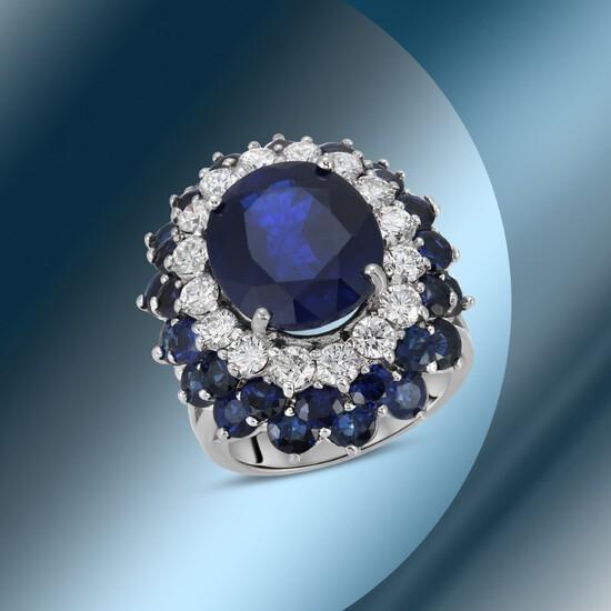14K Gold 18.44cts Sapphire & 1.68cts Diamond Ring