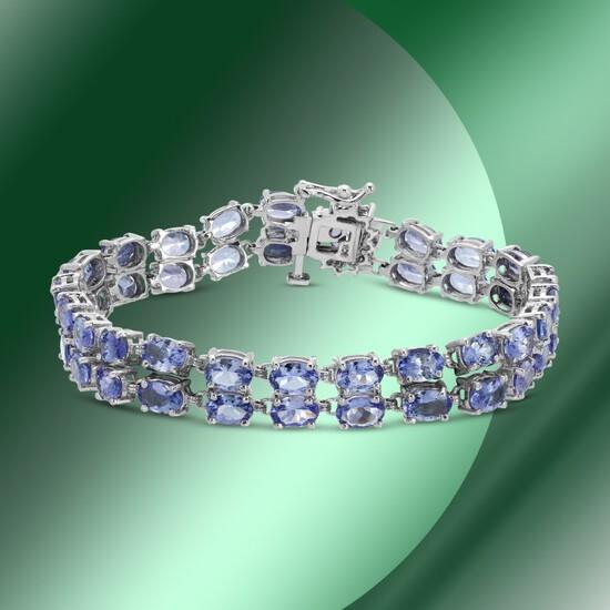 14K Gold 22.12cts Tanzanite & 0.40cts Diamond Bracelet