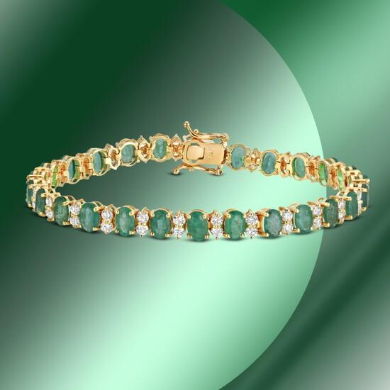 14K Gold 15.48cts Emerald & 3.02cts Diamond Bracelet