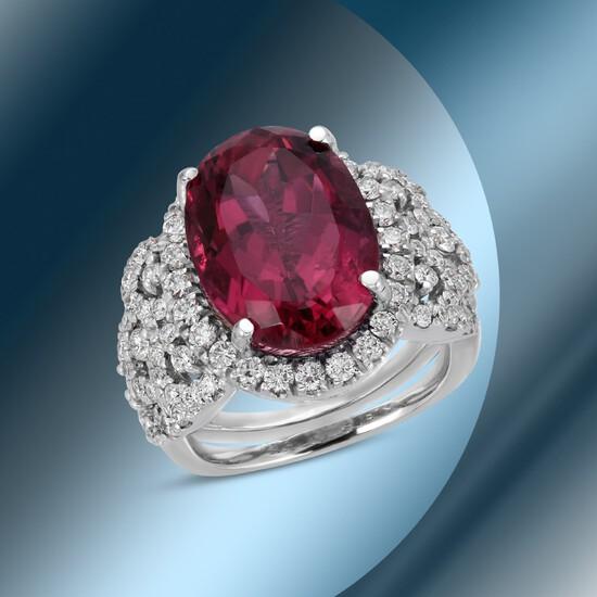 14K Gold 8.95cts Tourmaline & 1.59cts Diamond Ring