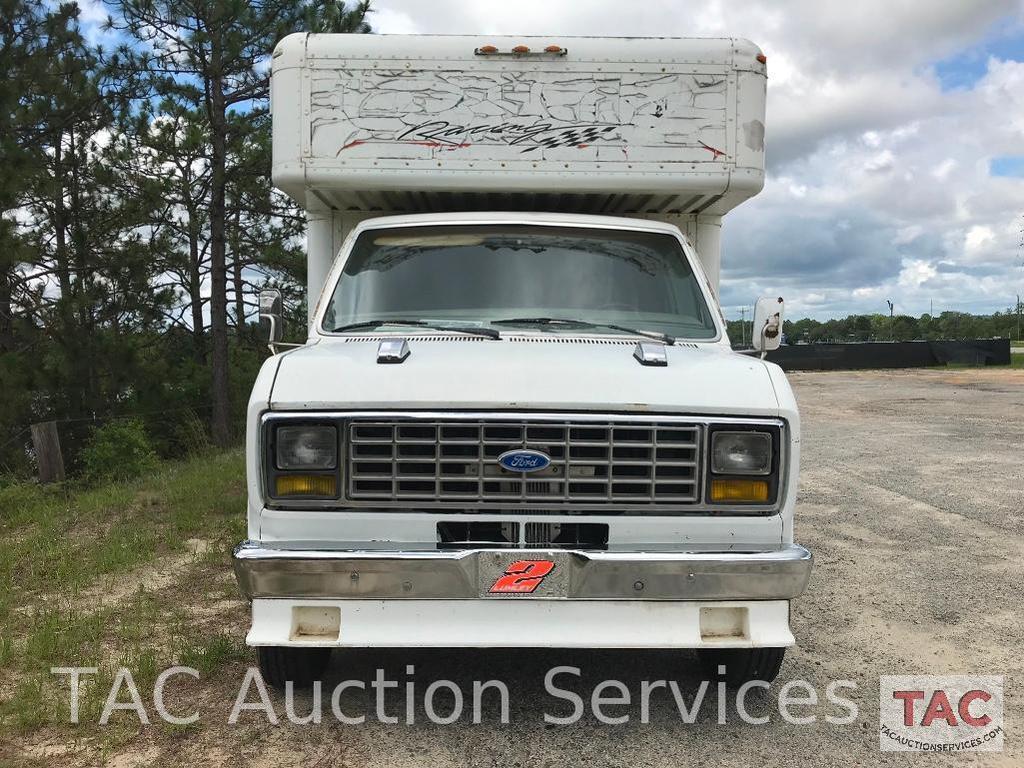 1988 Ford Econoline Van