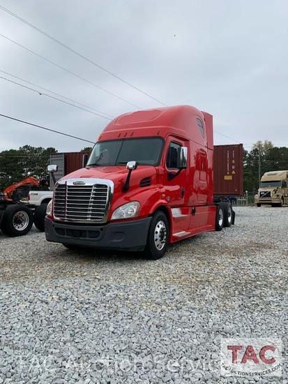 2014 Freightliner Cascadia 132