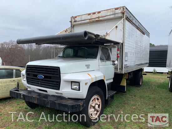 1990 Ford F700 Airport Catering Truck