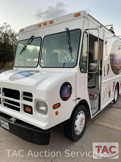 2007 Workhorse W42 Food Truck