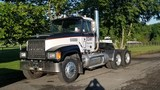 2000 Mack Ch613 Road Tractor