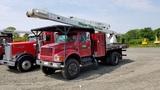 2000 International 4800 Boom Truck