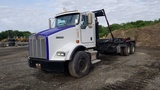 2003 Kenworth T800 Roll Off Tractor