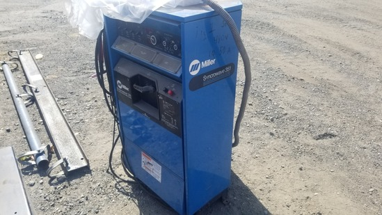 Synchrowave 351 welding power source