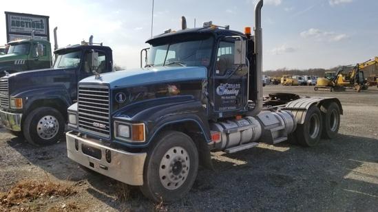 2009 Mack Chu613 Tractor