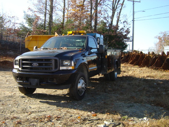2003 Ford F450 Service Truck