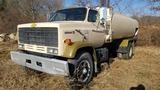 1989 Chevy kodiak Tanker Truck