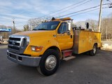 2005 Ford F650 Service Truck