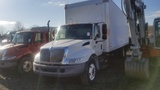 2006 International 4300 SBA Box Truck