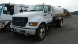 2000 Ford F650 Tanker Truck