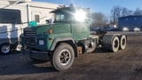 1996 MACK RD688S TRACTOR