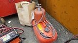Lot fuel tanks and cylinder