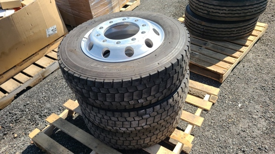 (3) 245/70r19.5 tires and wheels