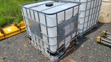 Poly Tank with Cage
