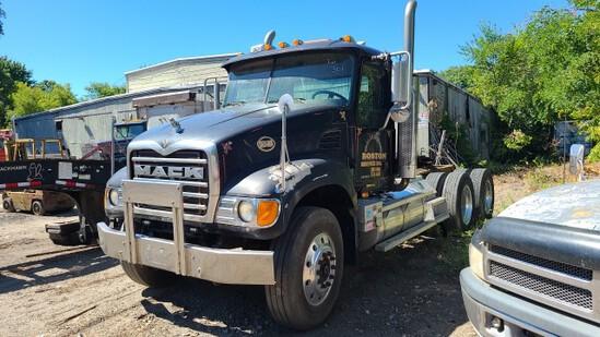 2002 Mack Cv713 Granite Tractor