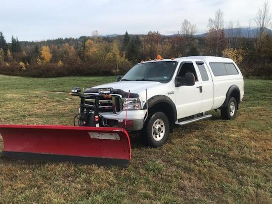 2005 Ford F350 With Plow