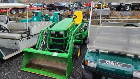John Deere 1025 R Tractor