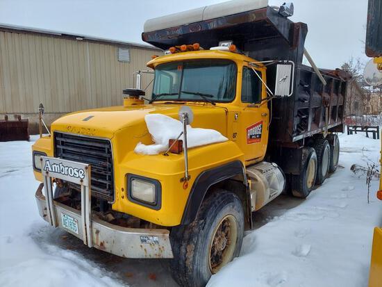 1995 Mack Rd688s Triaxle Dump Truck