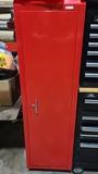 Standing tool box