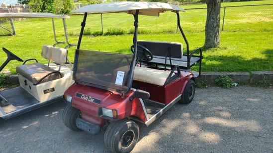 Club cat electric golf cart (needs batteries)