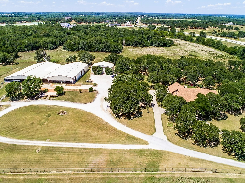 97 Acre Ranch in the Heart of Horse Country