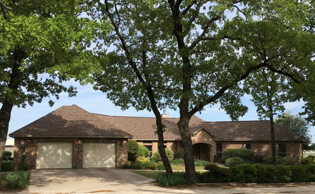 Tract 2: Brick Home with MD Barn, Workshop, Equipment Building & Modular Home on 7.5 Acres