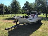 18' FISHING SKI BARGE, S/N SKB90968C787, MARINER 115 MOTOR, CENTER CONSOLE, LIVE WELL, TROLLING