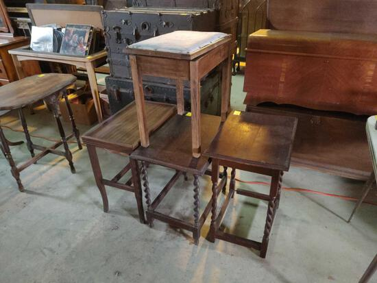 4 LAMP TABLES