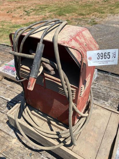 Lincoln 225 Amp Welder