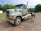 2001 Mack CH613 Truck, VIN # 1M1AA18YX1W134806