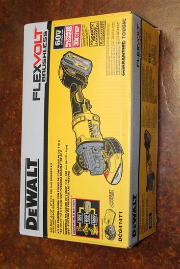"(1) DeWalt FlexVolt Brushless 60V Max 4-1/2""-6"" Grinder Kit w/ Kickback Brake Model DCG414T1"
