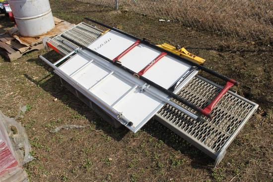 Lot of Ladder Walk Board
