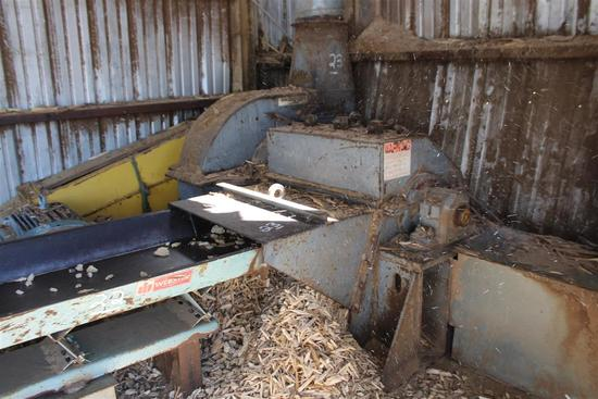 MONTGOMERY INDUSTRIES 34HD40-HZF, Wood Hog/Chipper, S/N 2810