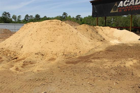 LOT OF SAW DUST 90% CYPRESS