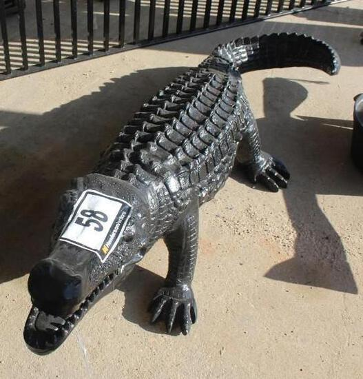 ALUMINUM ALLIGATOR STATUE