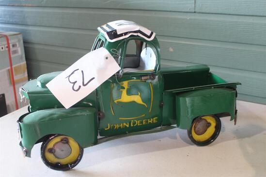 JOHN DEERE TRUCK DECOR