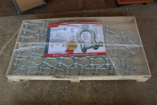 PALLET OF UNUSED SHACKLES