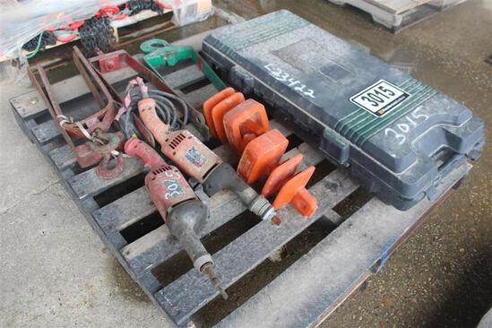 PALLET OF MISC ITEMS -