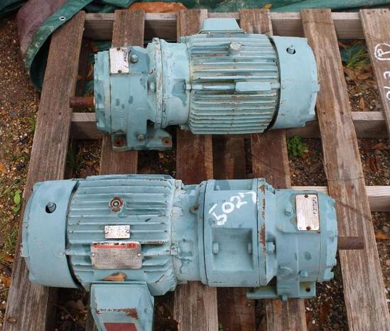PALLET W/ (2) ELECTRIC MOTORS
