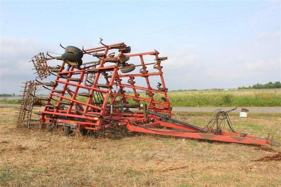 Case Tigermate II 30ft Field Cultivator - VIN JFH0010642