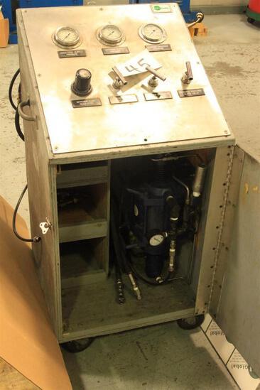Nitrogen booster pump